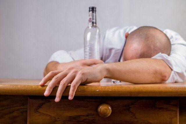 Leczenie uzależnień- proces do przepracowania w głowie